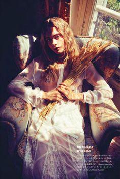 Cara Delevingne by Sofia Sanchez & Mauro Mongiello for Numéro Tokyo #73