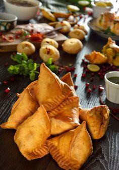 Regional Food Photography in Delhi | Food Styling and Photography Delhi  #foodphotography #foodstyling #streetfood #food #indian #samosa
