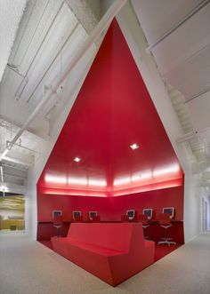 AGENCY/STAFF LOUNGE -FIDM San Diego Campus / Clive Wilkinson Architects (3)