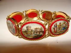 Magnificent Roman Micromosaic bracelet with seven Micromosaics set in 14 K yellow gold