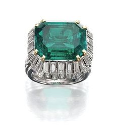 ATTRACTIVE EMERALD AND DIAMOND RING, PROBABLY, RENÉ BOIVIN, 1930S  JEWELS FROM THE COLLECTION OF DAISY FELLOWES, SOLD BY DIRECT DESCENT  siz...