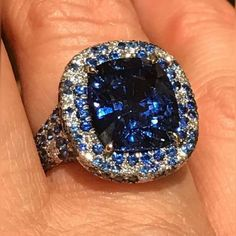 Natural Sapphire with sapphire and diamond accents! @pamelahuizenga