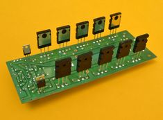 Amplificador Estereo Híbrido de 1000 Watts Electronics Projects, Diy Amplifier, Speaker Box Design, Circuit Diagram, Wireless Speakers, Led, David Gonzalez, Sign, Saints