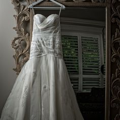 PMD Photography and Essense of Australia D1360 wedding dress