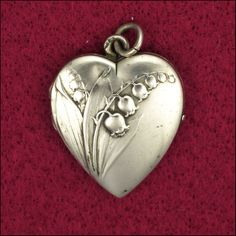 French Art Nouveau heart-shaped locket with Lily of the Valley