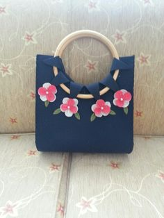 Çanta keçe çiçek felt bag. Hand made