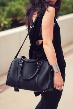 gorgeous the perfect black bag!