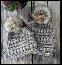 This Crochet Hat Pattern Bumpy Beanie Pattern Crochet Bumpy is just one of the custom, handmade pieces you'll find in our winter hats shops. Bonnet Crochet, Crochet Headband Pattern, Knit Crochet, Chunky Crochet Hat, Crocheted Hats, Crochet Crafts, Crochet Projects, Motifs Beanie, Knooking