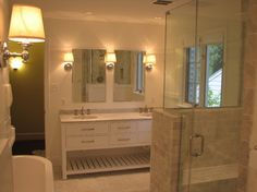 Traditional Bathroom Half Wall Design Ideas, Pictures, Remodel, and Decor