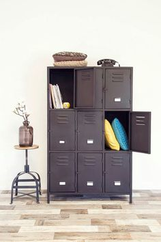 Www.gigameubel.nl 599, 00 € Iron Furniture, Steel Furniture, Home Furniture, Industrial Lockers, Metal Lockers, Room Interior, Interior Design Living Room, Contemporary Home Offices, Steel Cupboard
