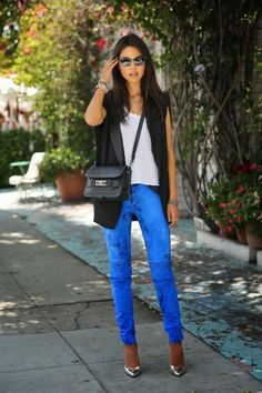 cobalt blue jeans with tuxedo blazer and metallic silver pumps