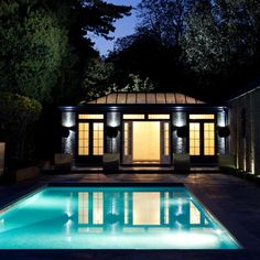 This orangery style pool house and compliments the pool perfectly. Westbury Gardens, Glass Pool, Pool Houses, Conservatory, Minimalism, Mansions, House Styles, Outdoor Decor, Room