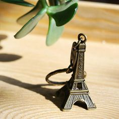 Mini Eiffel Tower Paris Model Gift Keyring Keychain Key Split Ring UK SHOP