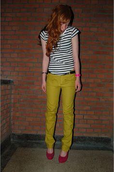 Love the shirt/shoes/pants.