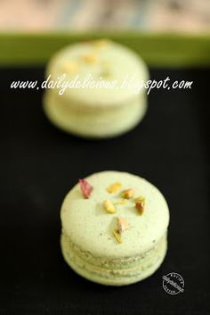 dailydelicious: Pistachio Macarons: To you my sister!