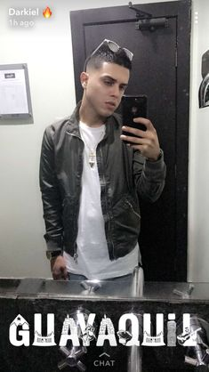 Bomber Jacket, Leather Jacket, Selfie, Stars, Happy, Pink, Vestidos, Gentleman Style, Reggaeton