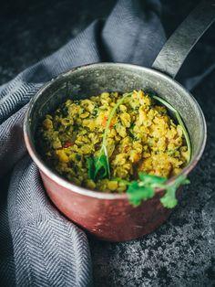Nepalilaisilla linsseillä täytettyä bataattia (V, GF) – Viimeistä murua myöten Ale, Curry, Baking, Ethnic Recipes, Food, Curries, Ale Beer, Bakken, Essen