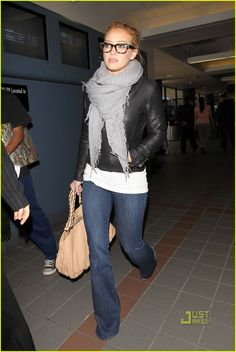 Hilary Duff -This Outfit Hilary Duff Style, Fall Outfits, Casual Outfits, Cute Outfits, Beauty And The Briefcase, Celebrity Look, The Duff, Airport Style, Swagg