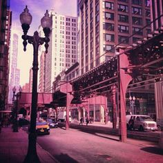 The 'L' on S Wabash Ave, #Chicago. Image by @elly_alyssa_jones. #lp #travel