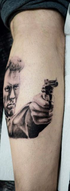 3D tattoo Clint Eastwood #clinteastwood #guntattoo #3dtattoo #celebportrait #filmtattoo