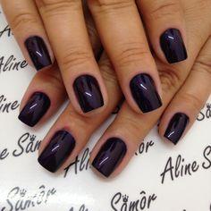 """1,811 curtidas, 39 comentários - Aline Samor (@alinesamor) no Instagram: """"Esmalte : Azul místico da @avonbrasil e cereja da @esmaltecolorama #alinesamôr #manicure #esmaltes…"""""""