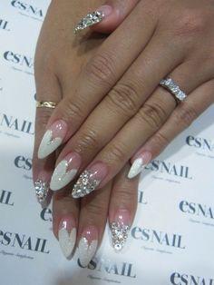 nails #nail #unhas #unha #nails #unhasdecoradas #nailart #gorgeous #fashion #stylish #lindo #cool #cute #fofo #branco #prateado #silver #white #chic #elegante
