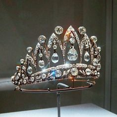 """3,217 Likes, 38 Comments - Fernando Bustillo (@fd_gallery) on Instagram: """"A magnificent antique diamond tiara, by Fabergé, designed as a series of graduated old-cut diamond…"""""""