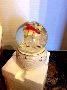 Lenox Snowglobe Reindeer Snow Globe New NIB 822412 Holiday Christmas
