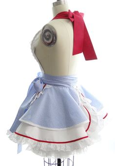 Retro Apron Dorothy of Oz Womans Aprons Vintage por bambinoamore