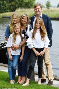 King Willem-Alexander, Queen Maxima and Princesses (l - r) Amalia, Ariane and Alexia posed for their annual summer photocall in Warmond, The Netherlands
