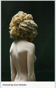 Artist : Aron Demetz