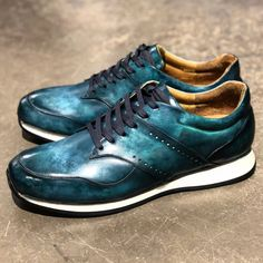 Only Shoes, Courses, Adidas Sneakers, Men's Fashion, Costume, Shoes, One Shoulder Dresses, Dress Shoes, Girly