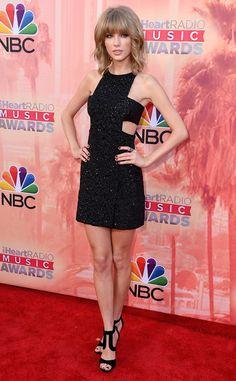 Taylor Swift in Kaufmanfranco mini and Tamara Mellon heels, iHeartRadio Music Awards