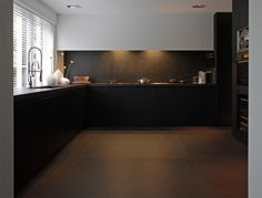 "Zimbabwe Noir Anciento ""architecte CO. STUDIO ""- Granite & Marble"