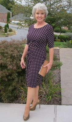 The Best Fashion Ideas For Women Over 60 - Fashion Trends Fashion Night, 50 Fashion, Women's Fashion Dresses, Fashion Ideas, Fashion Women, Winter Fashion, Fashion Stores, Cheap Fashion, Fashion Clothes