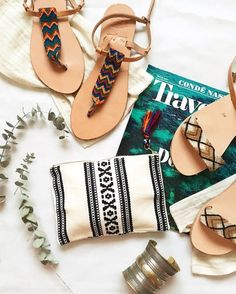 Traditional Fabric, Miu Miu Ballet Flats, Huaraches, Happy Hour, Leather Sandals, Friendship Bracelets, Cool Outfits, Greek, Artisan