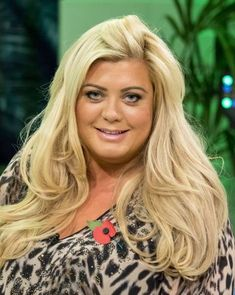 Essex Hair Trends 2016 - featuring Essex blow dry, Balayage and Beach waves. Find out how to get Danni Armstrong's beach natural curls. Trendy Hairstyles, Braided Hairstyles, Wedding Hairstyles, Dark Balayage, Balayage Hair, Gisele Hair, Gemma Collins, Brown Highlights, French Beauty
