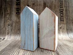 Shabby Chic Holzhaus  Holzhäuser maritim blau weiß von gedemuck auf DaWanda.com Höhe ca. 17 cm Breite ca. 6 cm 10 Euro