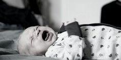 Der emotionale Brief eines Babys, das alleine schlafen lernen soll