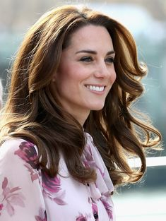 Kate Middleton Photos Photos - Catherine, Duchess of Cambridge attends the World Mental Health Day celebration with Heads Together at the London Eye on October 10, 2016 in London, England. - The Duke