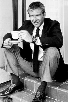 Harrison Ford, Han Solo, Indiana jones, what else? This man is awesome! Harrison Ford, Harry Harrison, People Drinking Coffee, Drinking Tea, Photo Vintage, Vintage Air, Photo Portrait, Portrait Photography, Hollywood