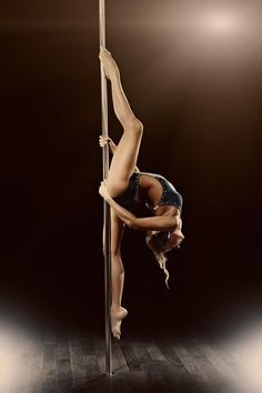 I want to be able to do this.... keep stretching.. - Anastasia Skukhtorova