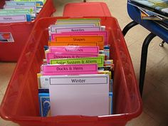 Great way to organize and store your theme books. FREE printable dividers
