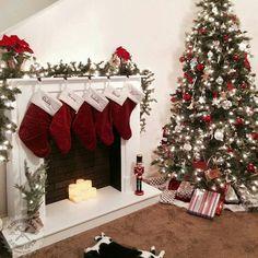 fausse cheminée déco decorative faux fireplace fake christmas decor
