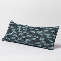 Strandline Dhurrie Decorative Pillow