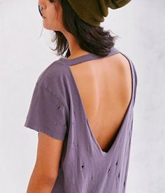 How To Cut A Shirt: 10 Cute Ways To Cut A Shirt #tshirt #diy #fashion