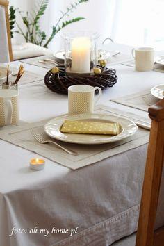 Świąteczne dekoracje stołu - Złoto