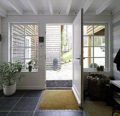 la maison préférée des français 2011 Deck, Gate House, Sweet Home, Architecture, Room, Furniture, Home Decor, Home Ideas, Mountain Home Id