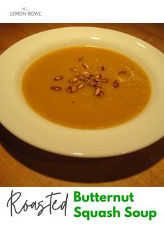 This creamy roasted butternut squash soup is perfect for winter and easy to make! The ultimate comfort food for the season! Chicken Broth Soup, Slow Cooker Chicken Curry, Chicken Soup Recipes, Slow Cooker Soup, Healthy Soup Recipes, Fall Recipes, Lebanese Lentil Soup, Chicken And Cabbage, Roasted Butternut Squash Soup