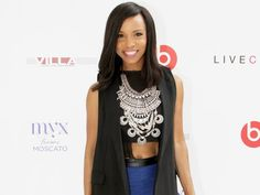 "Logan Actress Elise Neal Shares Her Diet and Fitness Tips for Looking Young at 50  ""I started dancing at 6 years old, so fitness is something I do regardless,"" Neal, 50, who stars alongside Hugh Jackman in Logan (in theaters March 3), tells PEOPLE. https://glassshaker.eu"
